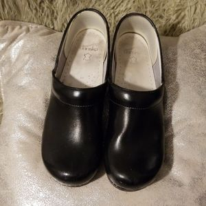 Dansko black shiny clogs size 46 Euro